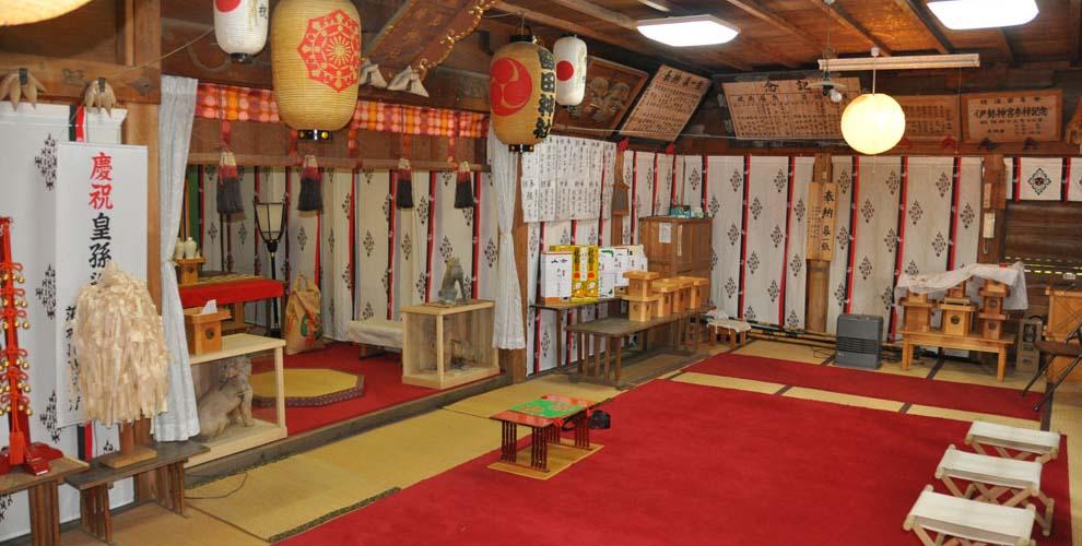 茨城の鹿嶋八幡神社(額田神社)の拝殿